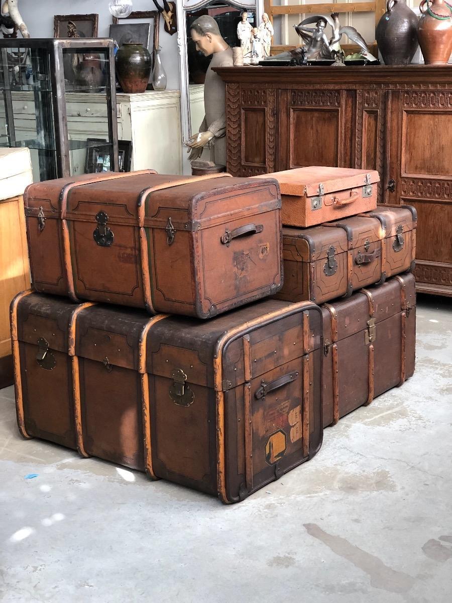 Oude Koffer Kist.Koffers En Kisten Antieke Meubels Burbri