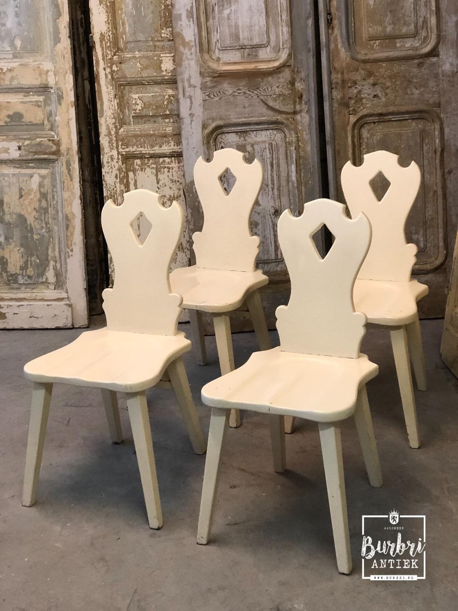 4 Witte Kuipstoelen.Antique White Chairs Set Of 4 Tafel Stoelen Antieke Meubels