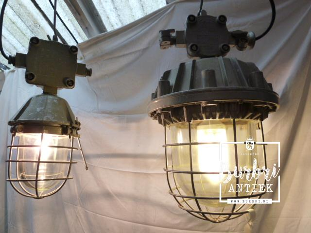 A lot difference industrial industrial lamps from old for Lamp industrieel