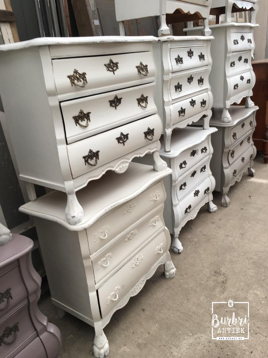 More brocante old chest of drawers commode ladekast for Brocante meubels